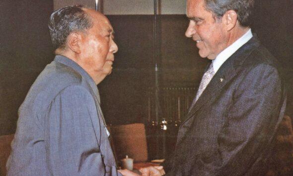 Pertemuan antara Mao Tse Tung dan Richard Nixon dalam kunjungannya yang bersejarah ke China pada 21-28 Februari 1972. AFP Photo